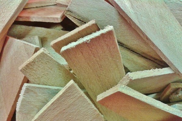 Holz & Möbelbau